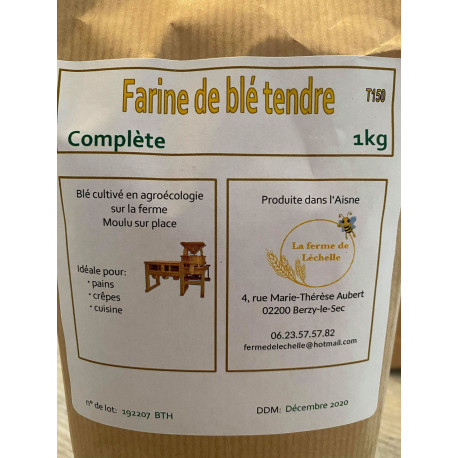 "1 paquet de 1 kg de ""FARINE COMPLETE"" T150 local Berzy le sec"